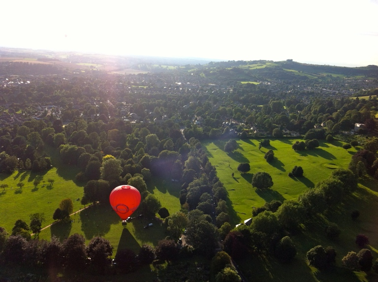 Bath balloon view