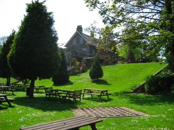 Hare and Hounds pub