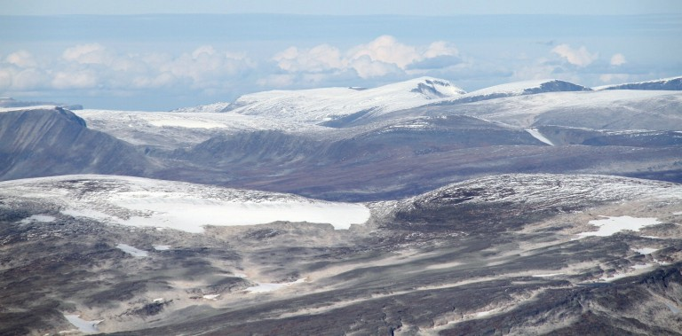"""Mountains in Dovrefjell, northwest of the Snøhetta massif - in the municipality of Oppdal."" Image by Bjoertvedt"